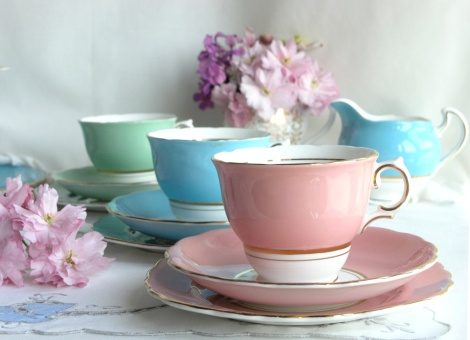 Colclough's Ballet pink vintage tea set