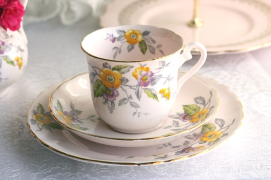 Vintage Tuscan china tea set in the peach bloom style