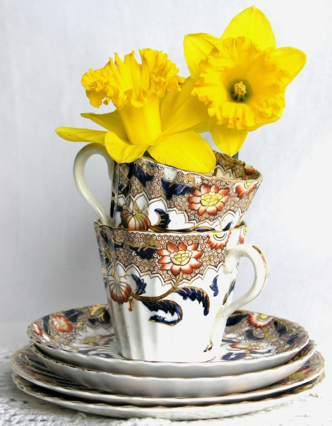 A picture of a Gaudy Welsh vintage china teaset
