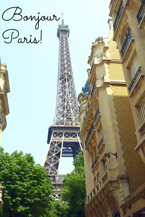 A picture of the Eiffel Tower with the caption Bonjour Paris