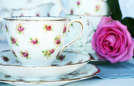 A photo of a Vintage Royal Albert rosebuds tea set