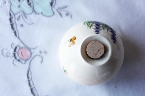 A picture of a small ceramic lidded pot