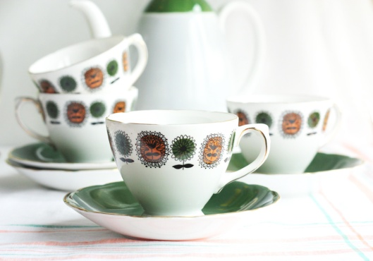 A picture of Delphine retro china tea set
