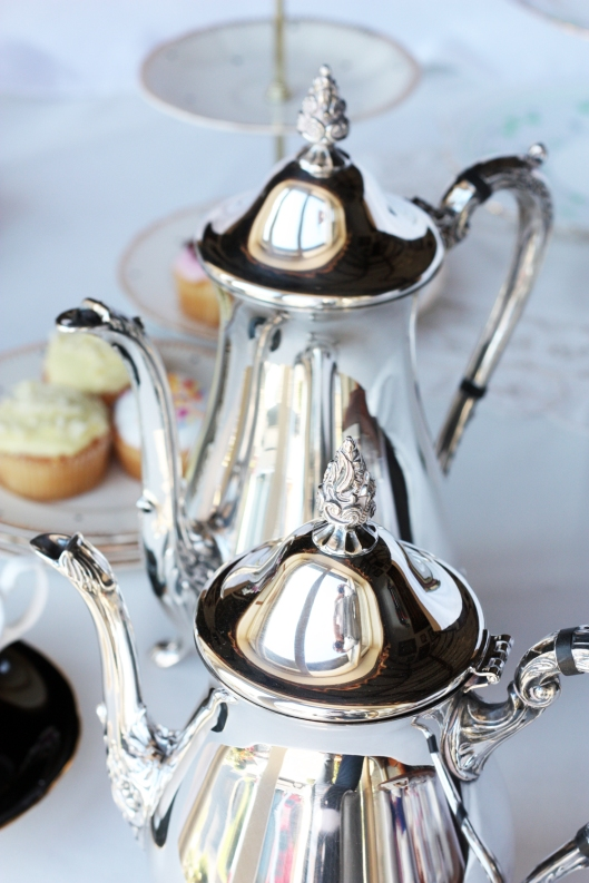 A picture of Vintage silver-plated EPNS coffee and tea pots