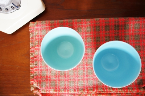 A picture of Poole vintage twintone bowls