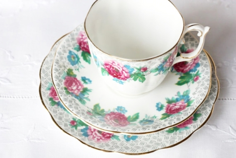 Roslyn china pink roses tea set