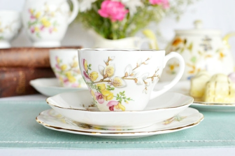 Yellow and pink flower Roslyn teaset